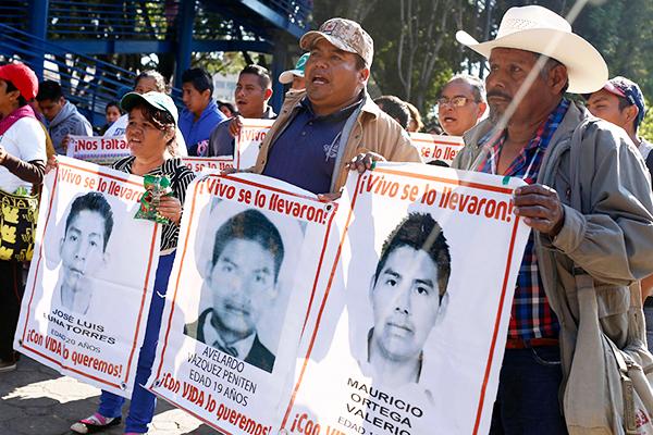 normalistas-ayotzinapa