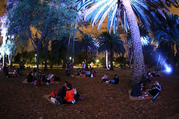 Vuelve el picnic nocturno a chapultepec y arag n m sporm s for Jardin botanico bogota nocturno 2016