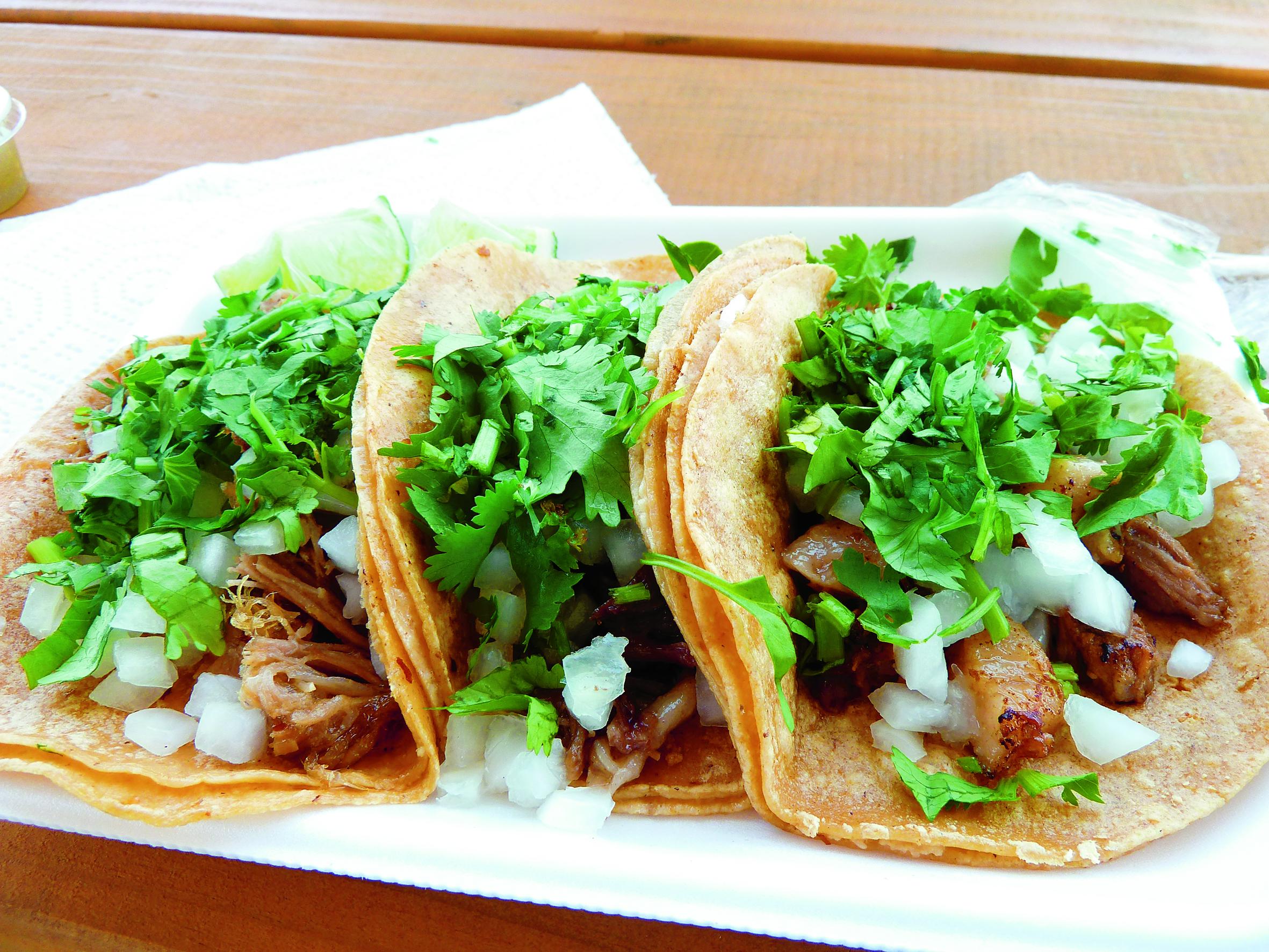 Dominguea toda la semana en los mejores tacos de barbacoa for Para barbacoa