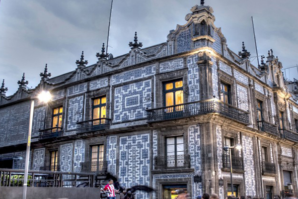 La calle madero su historia edificios y peculiaridades Historia casa de los azulejos