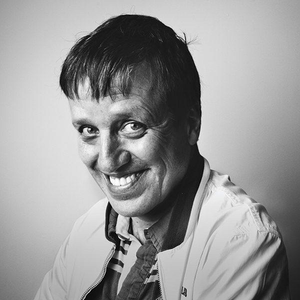 El escritor Xavier Velasco en la Ciudad de México. Fotografía de Antonio Cruz