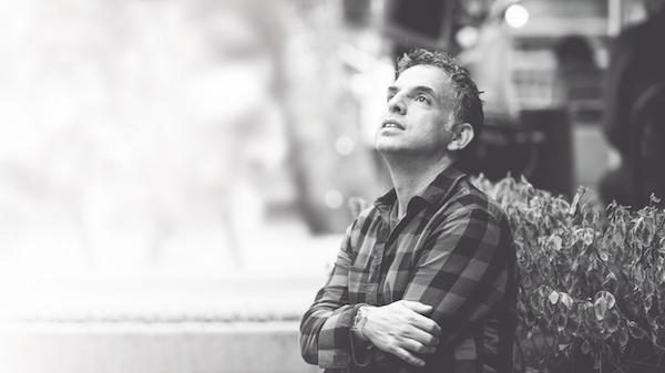 El escritor israelí Etgar Keret presenta Tuberías, su nuevo libro, en la CDMX