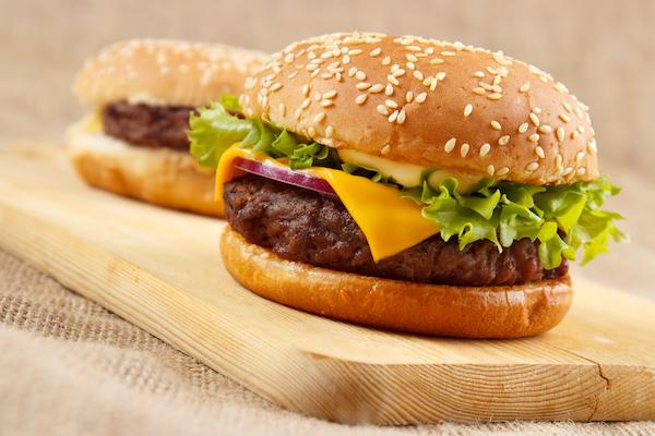 Burgerman cuenta su experiencia al pedir la hamburguesa gourmet de Liverpool Perisur. Ahora te toca a ti probarla y dar tu veredicto