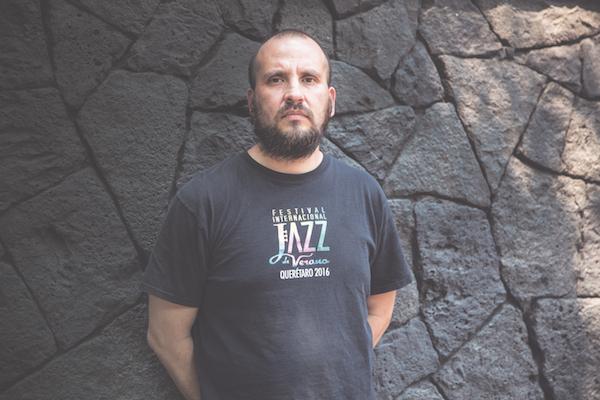 El guitarrista Juan José López, líder del quinteto homónimo formado hace un año, habla sobre su disco debut y su exploración creativa