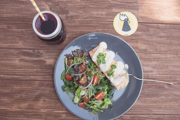 El restaurante Flor de Viento se encuentra en Polanco